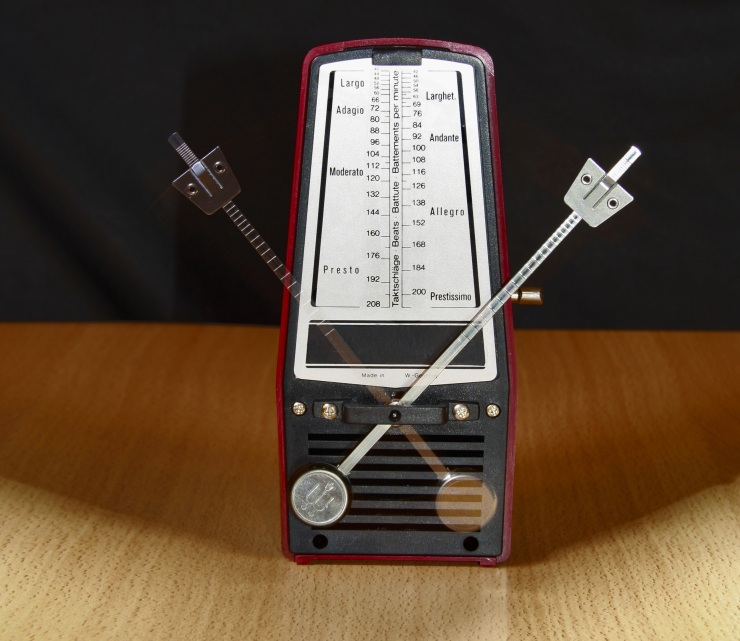 metronome, practice with the metronome, tips for practicing musicians, musician tips, how to keep in time